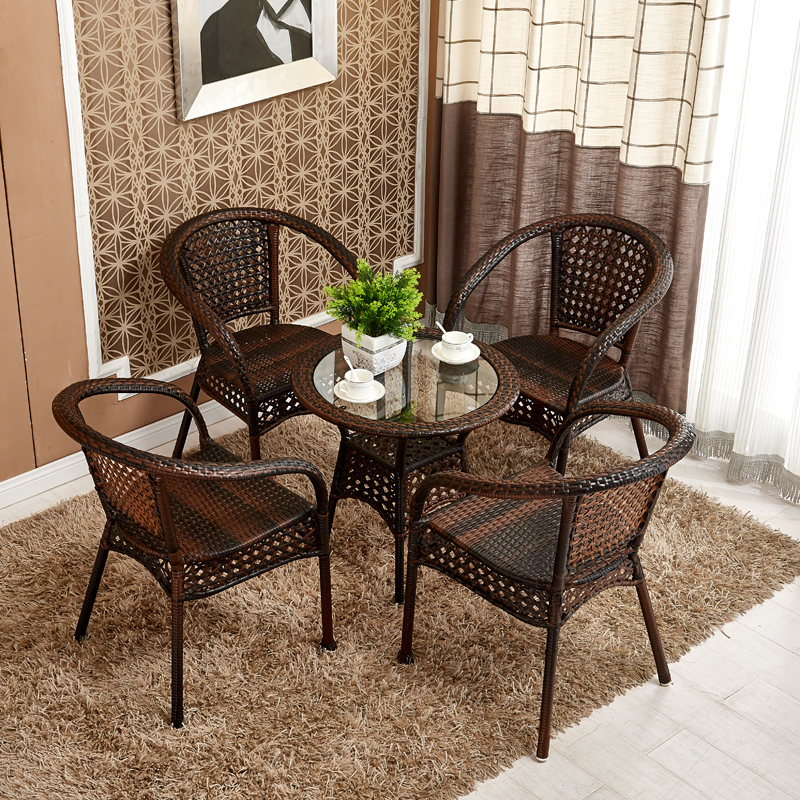 Мебель из ротанга на лоджии фото